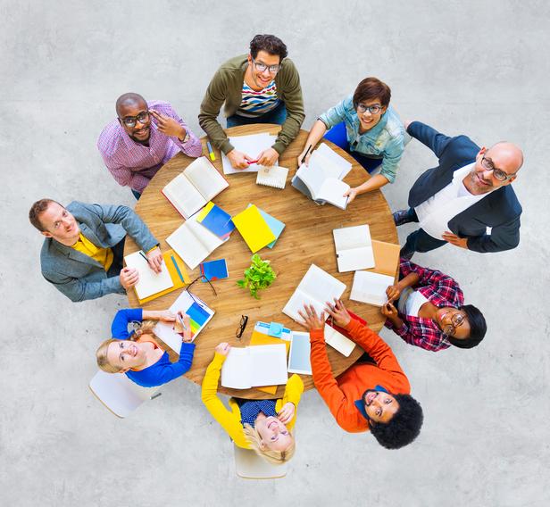 fachkraefte internationale multikulturelles team fachkraefemangel